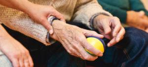 foto manos ancianos